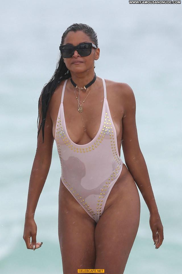 Claudia Jordan No Source Tit Slip Swimsuit See Through Celebrity Wet