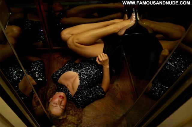 Raquel Zimmermann Anna Nicole Bar Sexy Upskirt Summer Babe Model Xxx