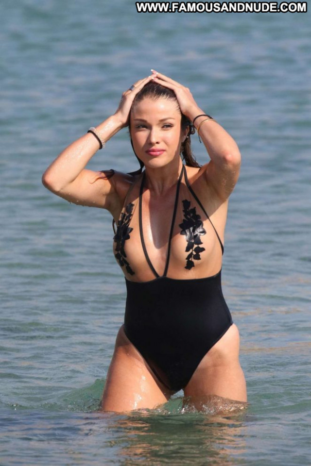 Catarina Sikiniotis The Beach Beach Babe Celebrity Posing Hot