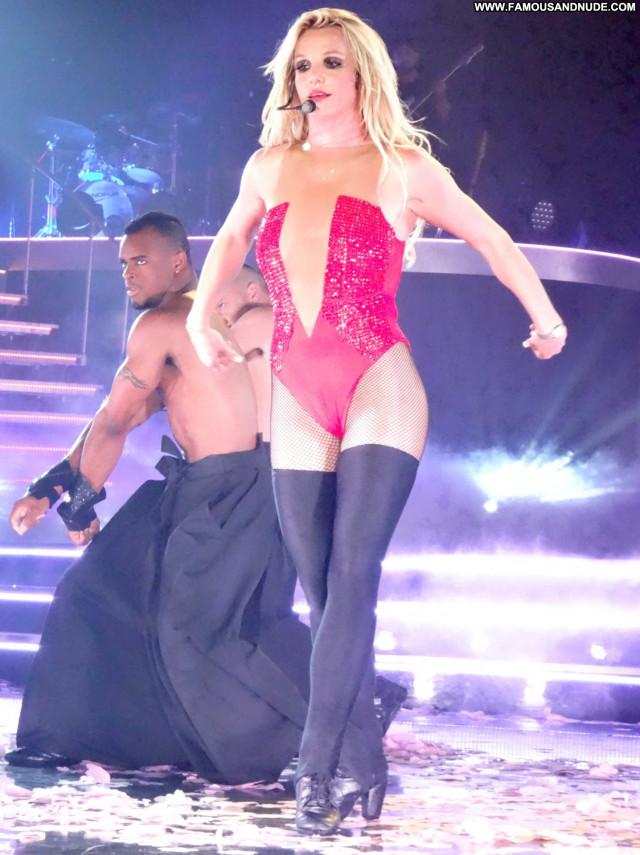 Britney Spears Las Vegas International Stage Teen Oops Hot Live Babe