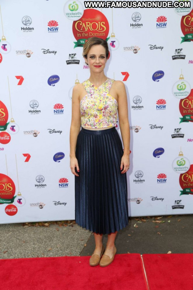 Penny Mcnamee No Source Posing Hot Party Celebrity Beautiful