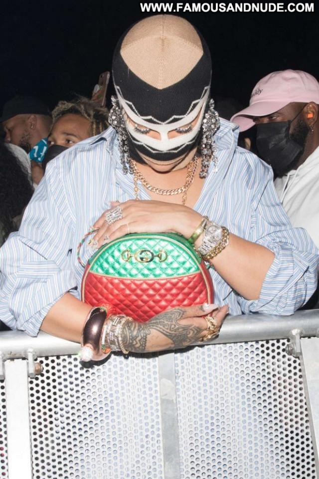 Rihanna No Source Celebrity Babe Beautiful Coach Posing Hot Paparazzi