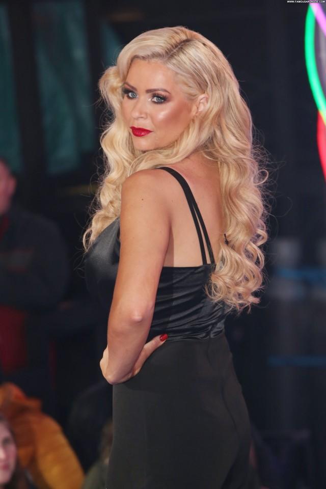 Annie Mcginty Anna Nicole Hat Beautiful Sexy Posing Hot Videos Xxx