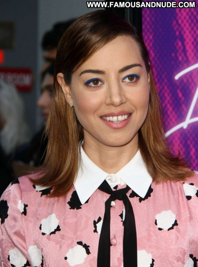 Aubrey Plaza No Source Babe Posing Hot Paparazzi Beautiful Celebrity