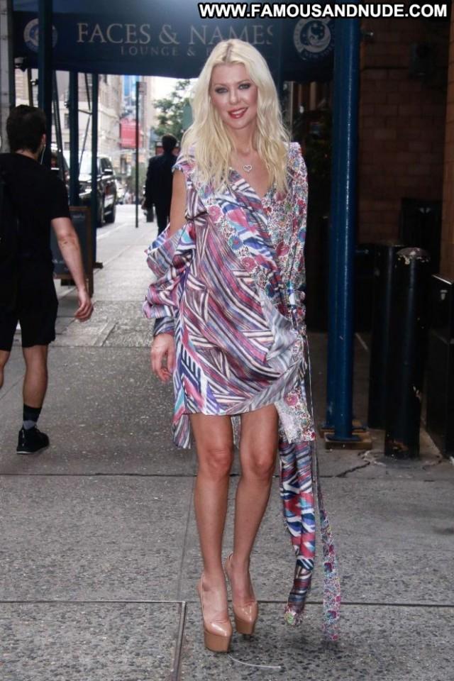 Tara Reid New York  Hotel Posing Hot Beautiful Paparazzi New York Hot