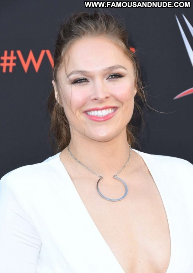 Ronda Rousey Los Angeles Celebrity Posing Hot Babe Beautiful Los