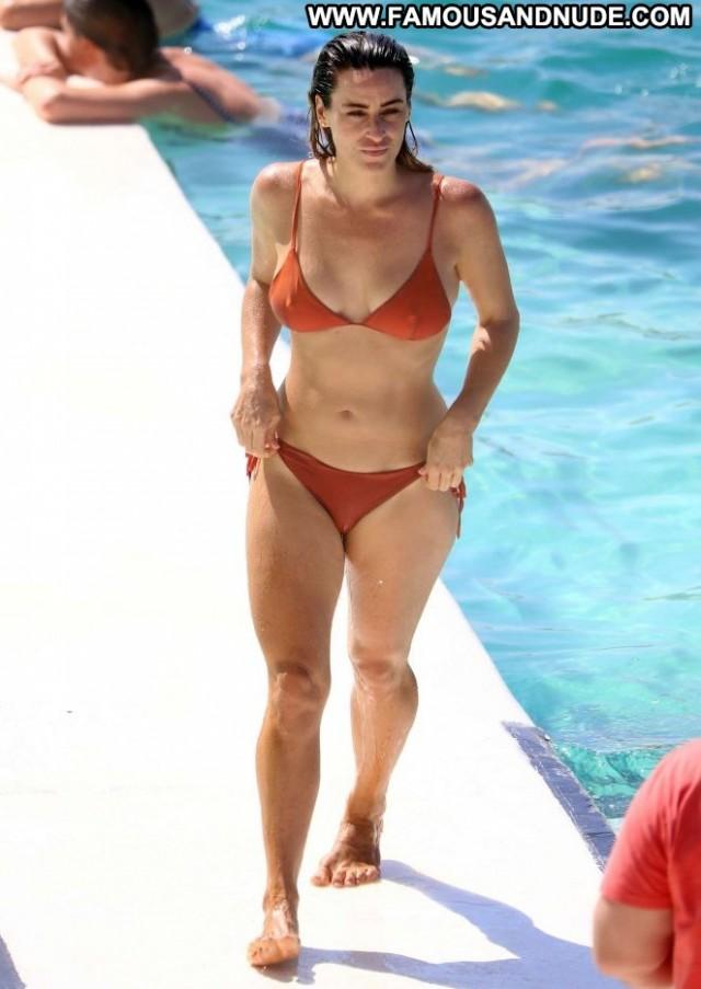 Rachael Gouvignon No Source Bikini Posing Hot Paparazzi Celebrity
