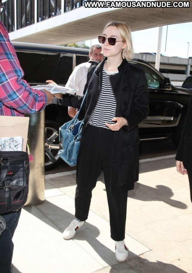 Saoirse Ronan Lax Airport Babe Lax Airport Posing Hot Celebrity