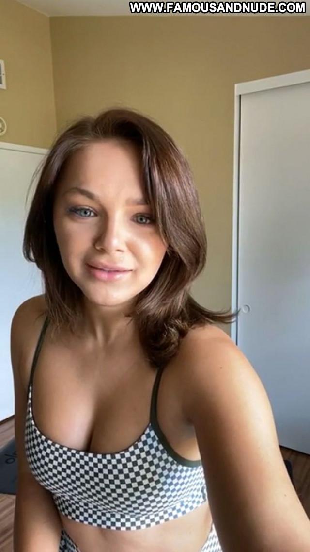 Oana Gregory No Source Beautiful Sexy Posing Hot Babe Celebrity