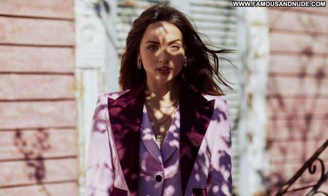 Ana De No Source  Sexy Posing Hot Beautiful Celebrity Babe