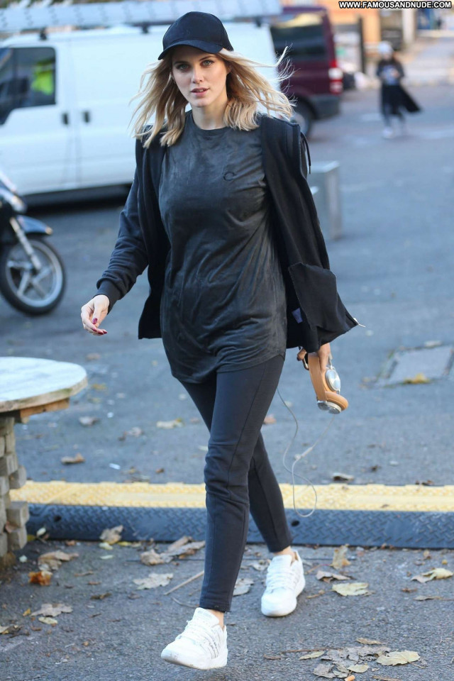 Ashley James No Source Paparazzi Posing Hot London Celebrity Babe