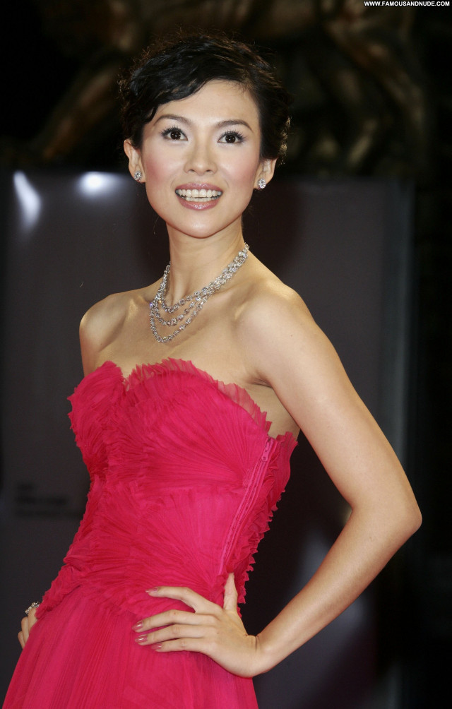 Zhang Ziyi No Source Babe Celebrity Asian Beautiful Posing Hot