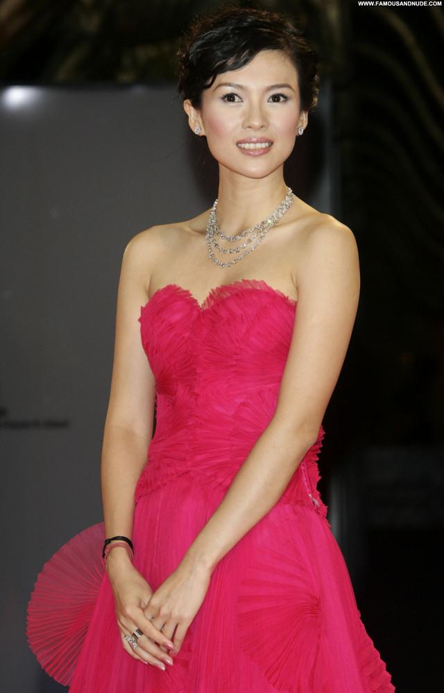Zhang Ziyi No Source Babe Celebrity Beautiful Asian Posing Hot