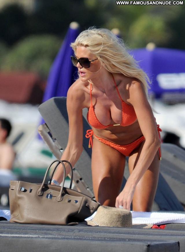 Victoria Silvstedt No Source Candids Beautiful Babe Candid Bikini