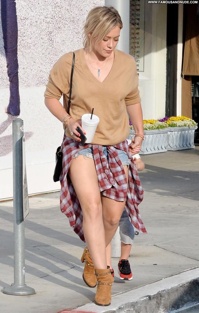 Hilary Duff Beverly Hills Babe Posing Hot Beautiful Celebrity
