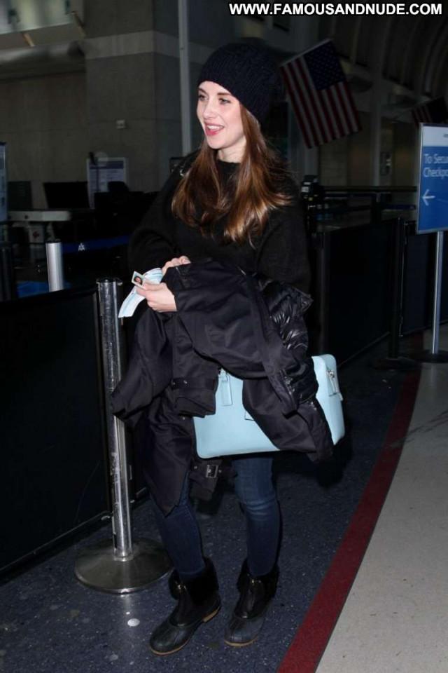 Alison Brie Los Angeles  Celebrity Paparazzi Babe Angel Posing Hot