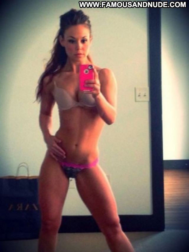 Fit Girls No Source Female Big Tits Celebrity Photoshoot Big Boobs
