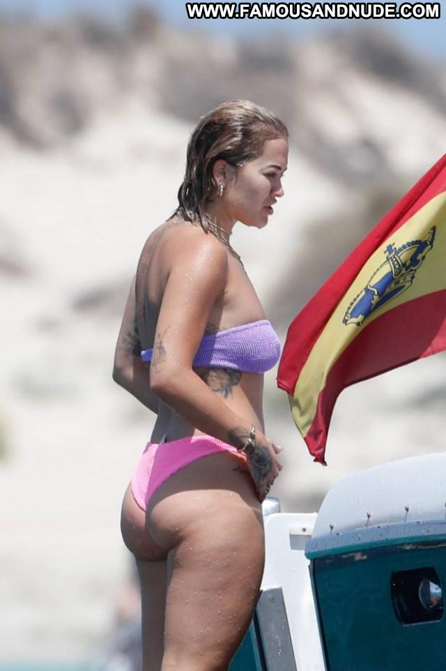 Selena Gomez Los Angeles Celebrity Babe Paparazzi Pants Posing Hot