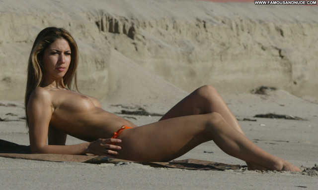 Leilani Dowding The Beach Asian Topless Babe Posing Hot Celebrity