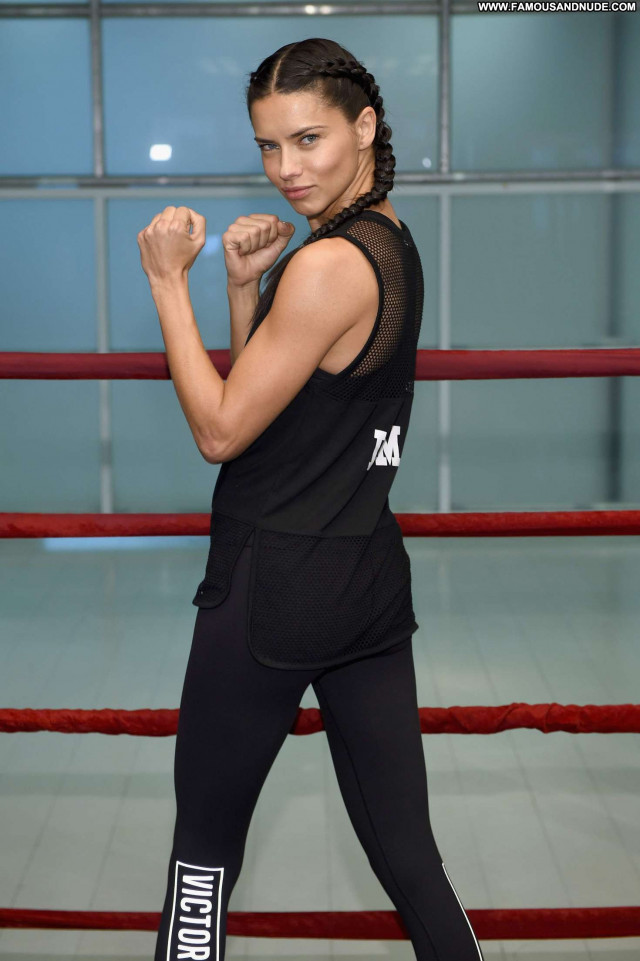 Adriana Lima New York  Posing Hot Babe Angel Celebrity New York