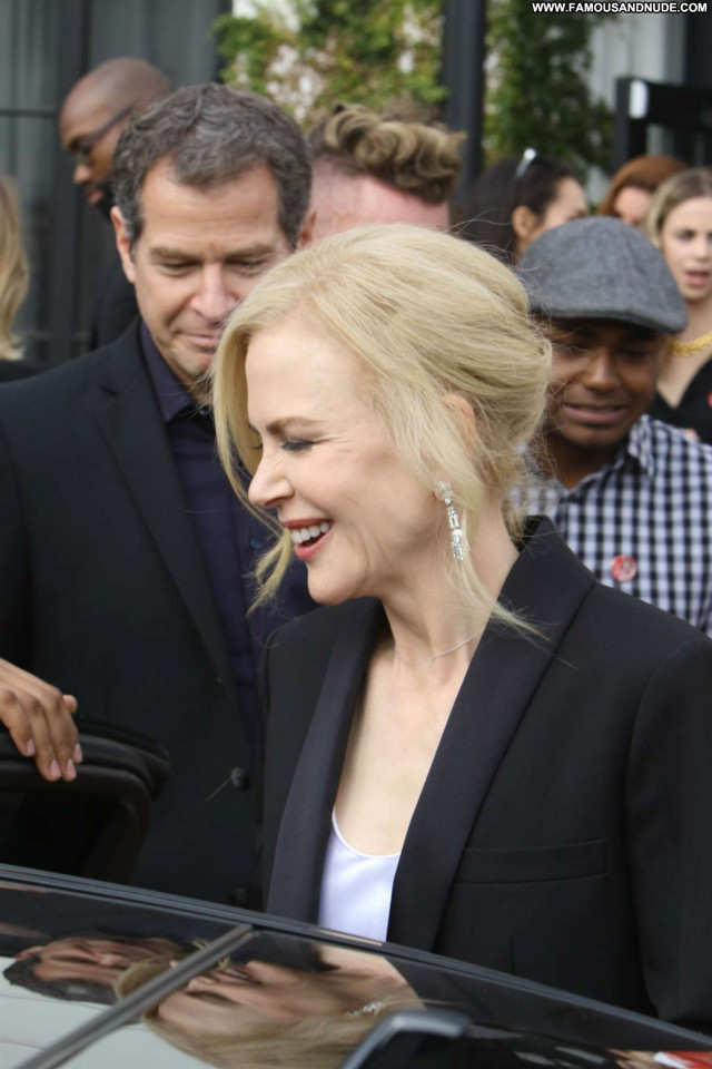 Nicole Kidman Anniversary Party Beautiful Posing Hot Celebrity Babe